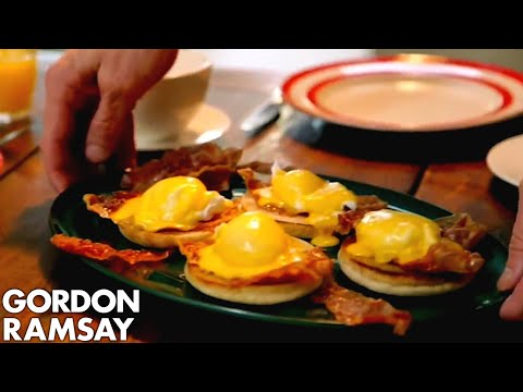 eggs-benedict-with-crispy-parma-ham-|-gordon-ramsay