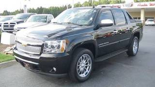 2007 Chevrolet Avalanche LTZ Start Up, Engine, and In Depth Tour