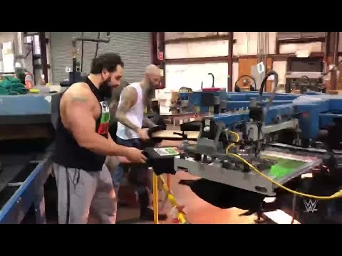 """Rusev visits the printers of his """"Happy Rusev Day"""" shirts"""