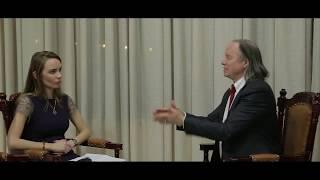 Интервью с Майклом Роучем в Алматы
