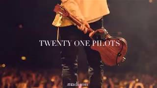Download Twenty One Pilots Don T Look Back In Anger Español Mp4 3gp Mp3 Flv Webm Pc Mkv Daily Movies Hub