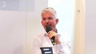Heinz Strunk live von der Buchmesse