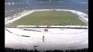 1984/85 Super Cup Juventus - Liverpool  2 - 0 , interviste fine primo tempo.