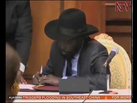President Kiir finally signs South Sudan peace deal