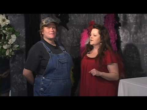 Womenu0027s Costumes u0026 Hairstyles  How to Dress Like a Redneck  sc 1 st  YouTube & Womenu0027s Costumes u0026 Hairstyles : How to Dress Like a Redneck - YouTube