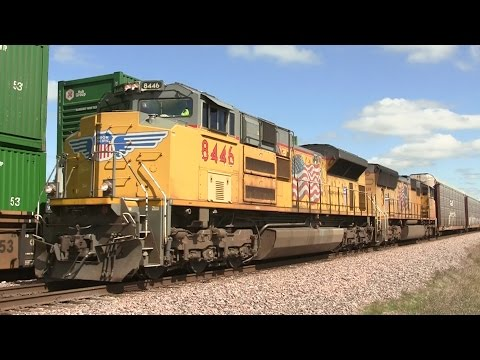 Four Union Pacific Trains, Two Meets on 9-13-2014