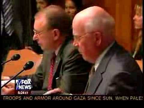 Fox News Gives Bush Side on Signing Statements