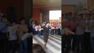 Афро лезгинка на чеченской свадьбе