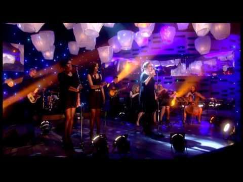 Adele - Set Fire To The Rain (Live On The Graham Norton Show)
