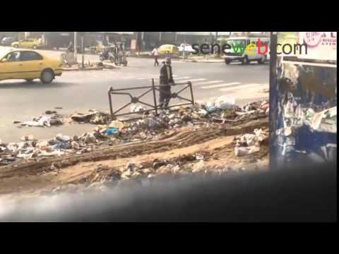 Dakar  Les eboueurs reprennent du service