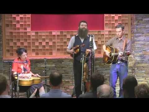 """Andale y Vamos"", The Corn Potato String Band"