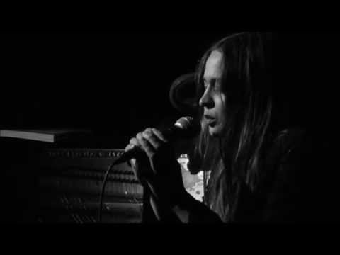 Fiona Apple -  I know (live @Largo)