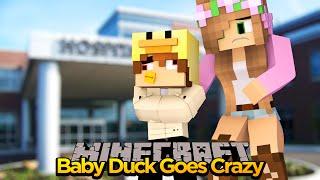 MINECRAFT - BABY DUCK GOES CRAZY!! w/ LITTLE KELLY