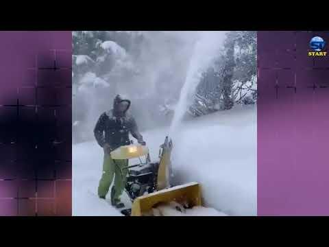 إزالة أكوام الثلج التي دفنت المنازل والسيارات والشوارع في سويسرا ، مالبون ، ليختنشتاين