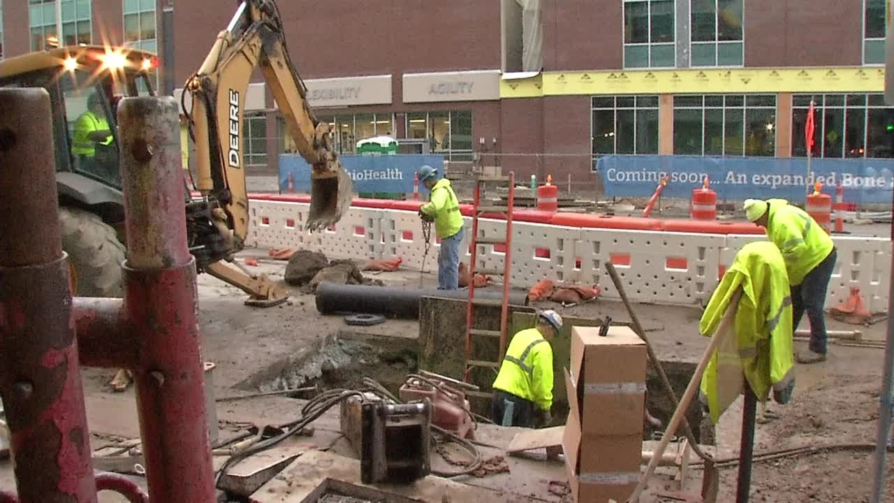 Raw Video: Crews Working To Repair Water Main Break, Power