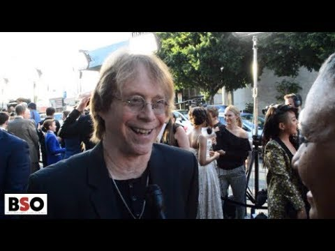 BILL MUMY ON THE LOST IN SPACE RED CARPET BREAKS DOWN NETFLIX REBOOT
