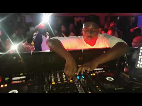 Dj dilson performing Maputo