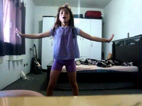 Leticia - dançando lady gaga ! ▶5:11