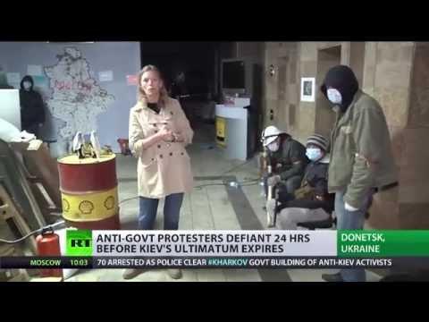 Donetsk protest HQ: Molotovs behind barricades