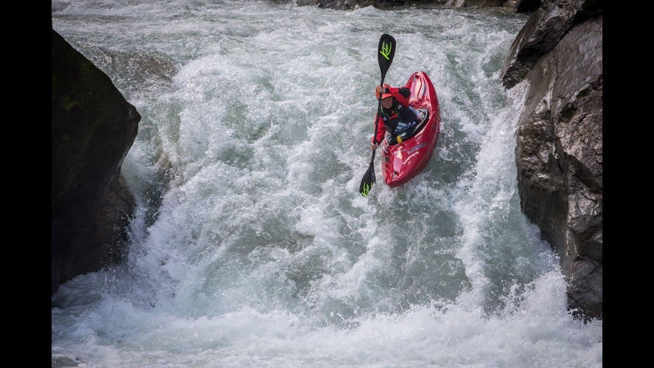 cartucho Corta vida Zanahoria  adidas Sickline Extreme Kayak World Championship 2015 – Top 3 Women -  YouTube