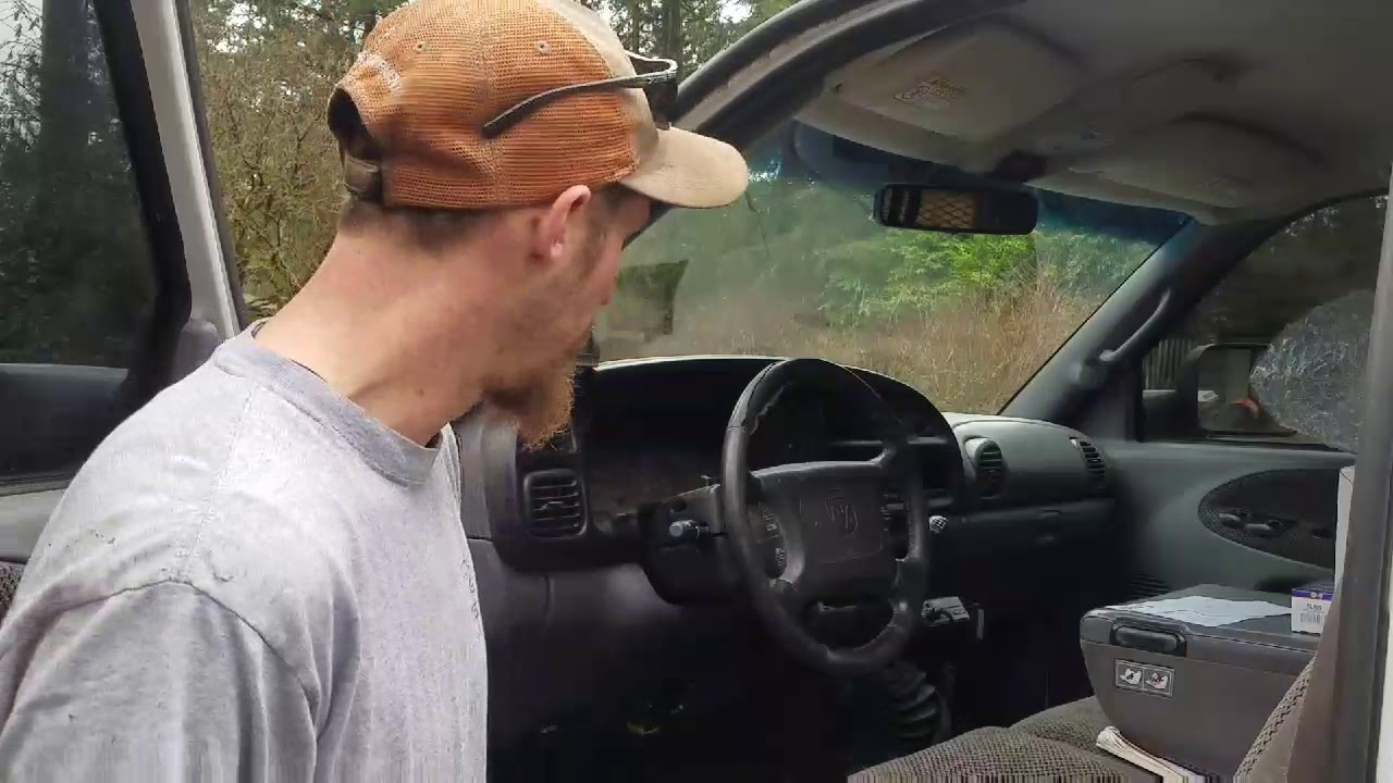 no brake lights on 2000 dodge ram 2500 [ 1280 x 720 Pixel ]