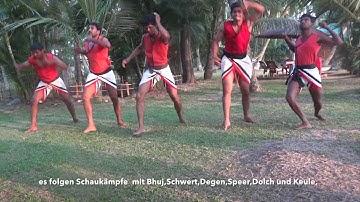 Kalaripayattu , Kampfkunst in Indien.