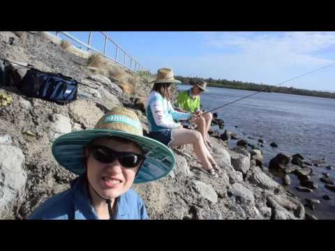 Drones, Fishing And Dinner At The Causeway Lake In Yeppoon- Super Windy!