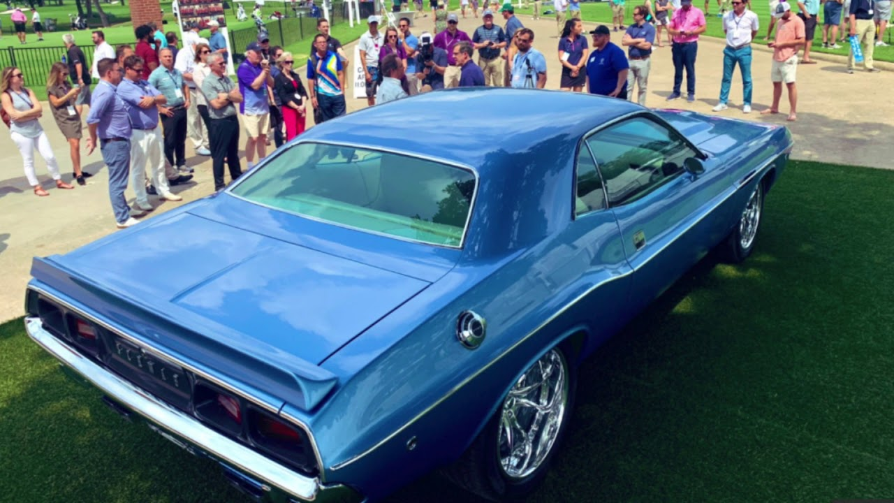 Kevin Na won a 1973 Dodge Challenger at Colonial and gave it to his caddie