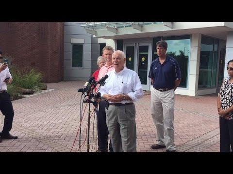 Senator Ben Cardin Visits Ellicott City
