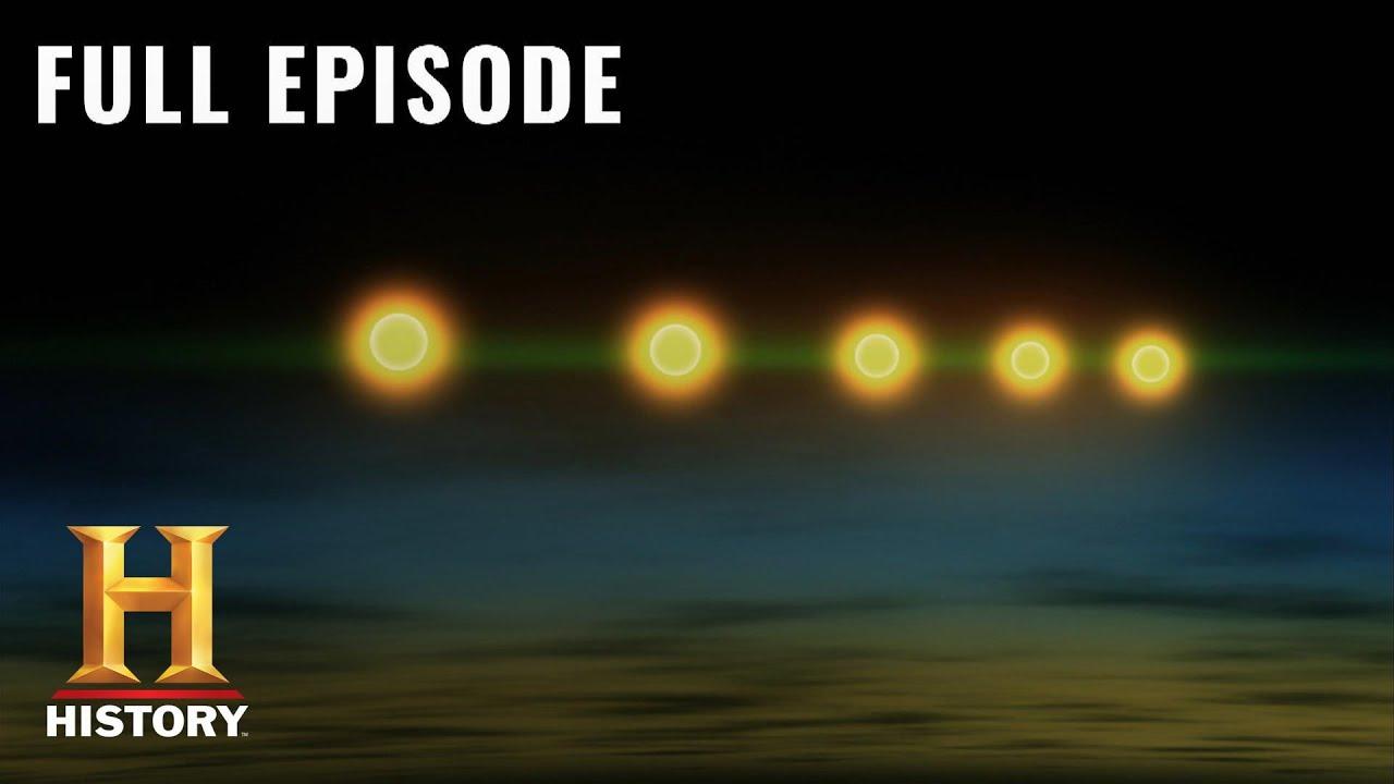 Download UFO Hunters: UFO Relics Prove Alien Life (S3, E7) | Full Episode | History