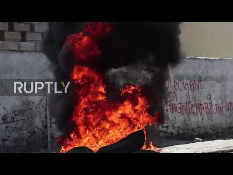 Haiti: Hundreds protest corruption and misuse of oil funds