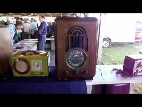 antique tube radio swap meet