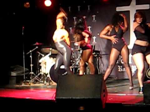 DivaGirl Entertainment- Opening Act for Pin-Up Sai...
