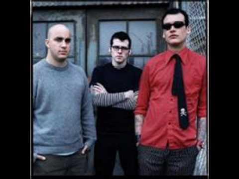 Jaked On Green Beers- Alkaline trio (with lyrics)