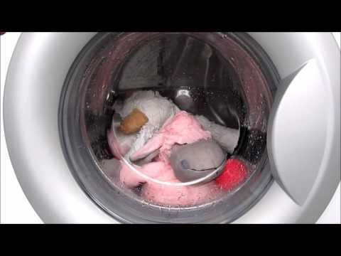"Two toys in washing machine LG Delicate program / Стиральная машина LG ""Деликатная""."