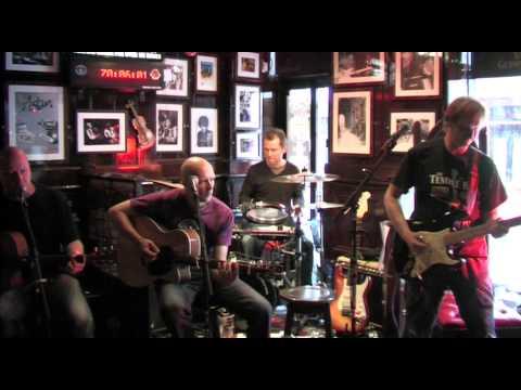The Temple Bar pub Dublin Live Music. (Dave Browne)