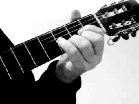 (Acordes de Guitarra Dos Formas de Tocar Cuando Calienta el Sol).