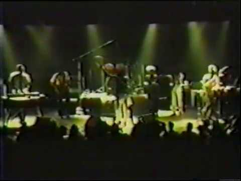The Wailers , Carlton Barretts last live song  - Reseda, CA 1987 Get Up Stand Up,  Jump Nyabinghi