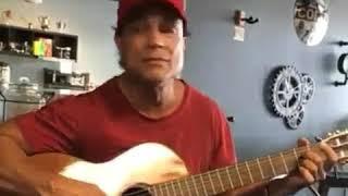 Osvaldo Rios cantando...