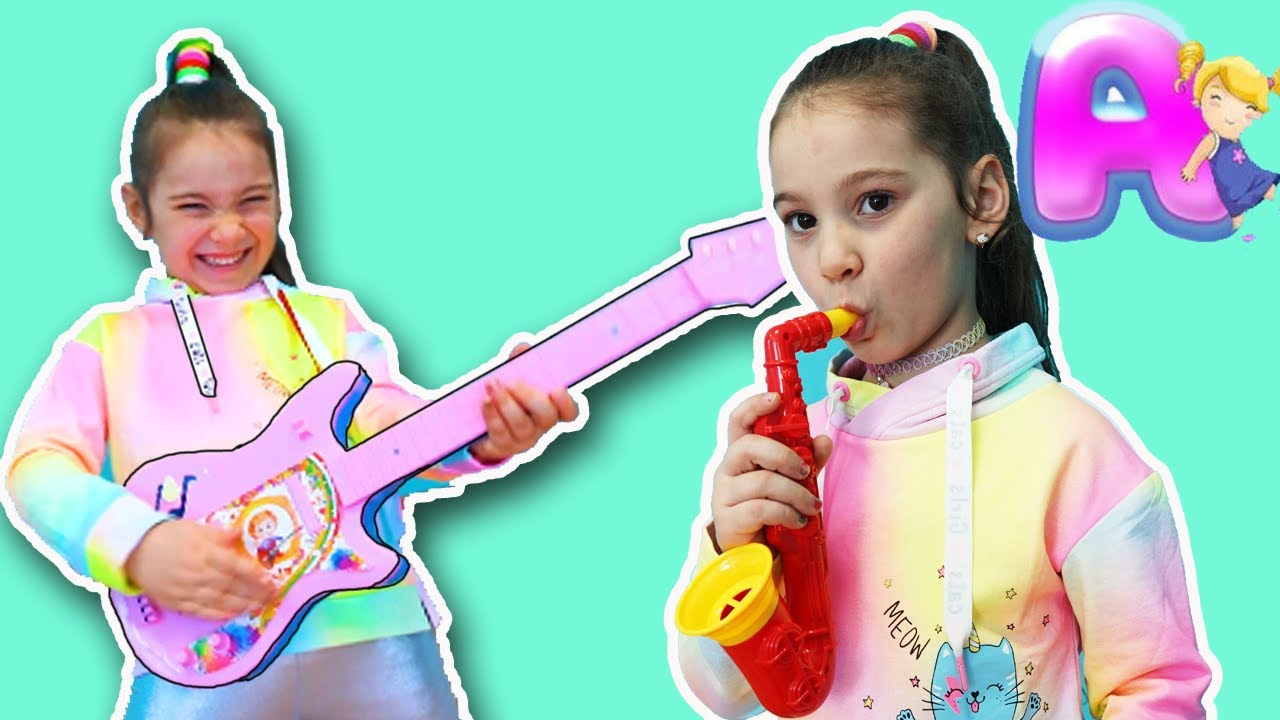 Anna Pretend Play Talent Show With Toys Youtube