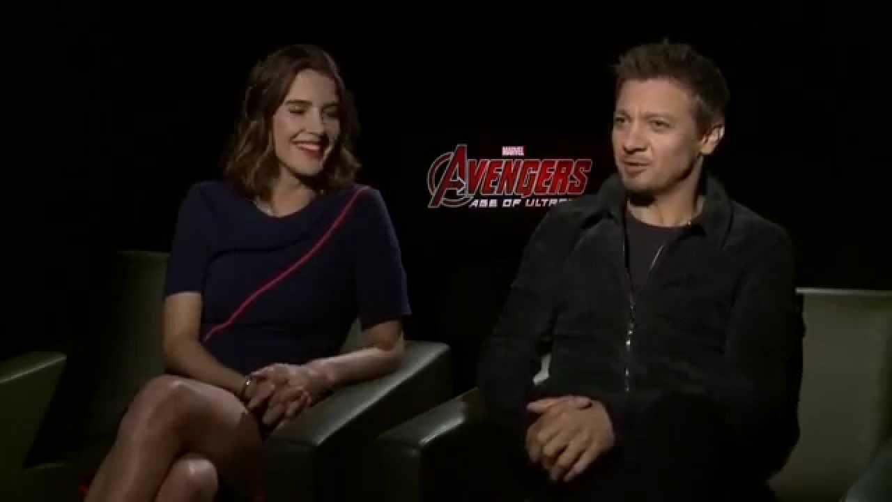 Avengers age of ultron press tour interview jeremy for Tour avengers