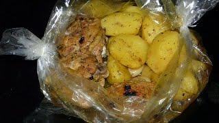 Картошка запеченная  в духовке в рукаве  с мясом и специями 30 минут. Картофель в духовке