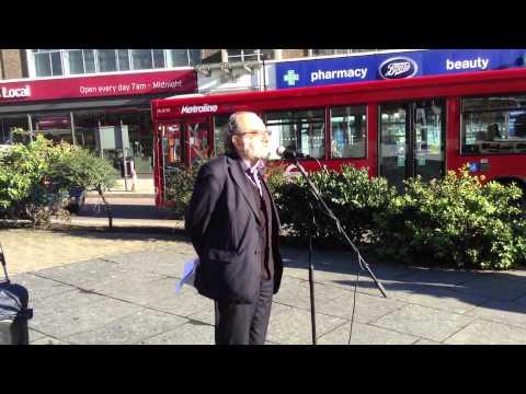 Camden New Journal editor Eric Gordon speaks on Remembrance Sunday.