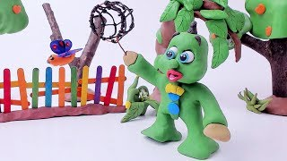 Green Baby -In- BUTTERFLY CATCHING - Stop Motion Cartoons For Kids
