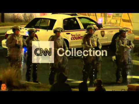 FERGUSON: NAT'L GUARD OUTSIDE POLICE HDQTRS