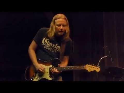 Matt Schofield - Hindsight - 9/13/15 Snail Pie Lounge - Glenville, PA