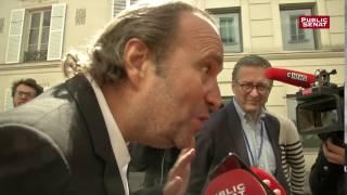 Xavier Niel ironise sur la non venue de François Fillon à l'école 42