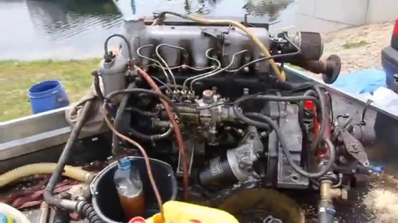 Om621 marine engine running youtube for Mercedes benz marine engines