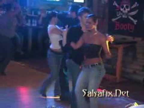 Carlos & Danni (Luv2Spin) Salsa dancing...