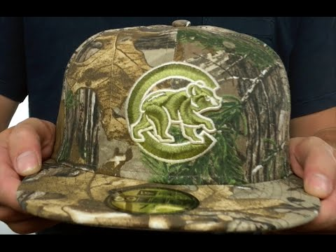 a4bb8b859ce Cubs  MLB TEAM-BASIC  Realtree Camo Fitted Hat by New Era - YouTube